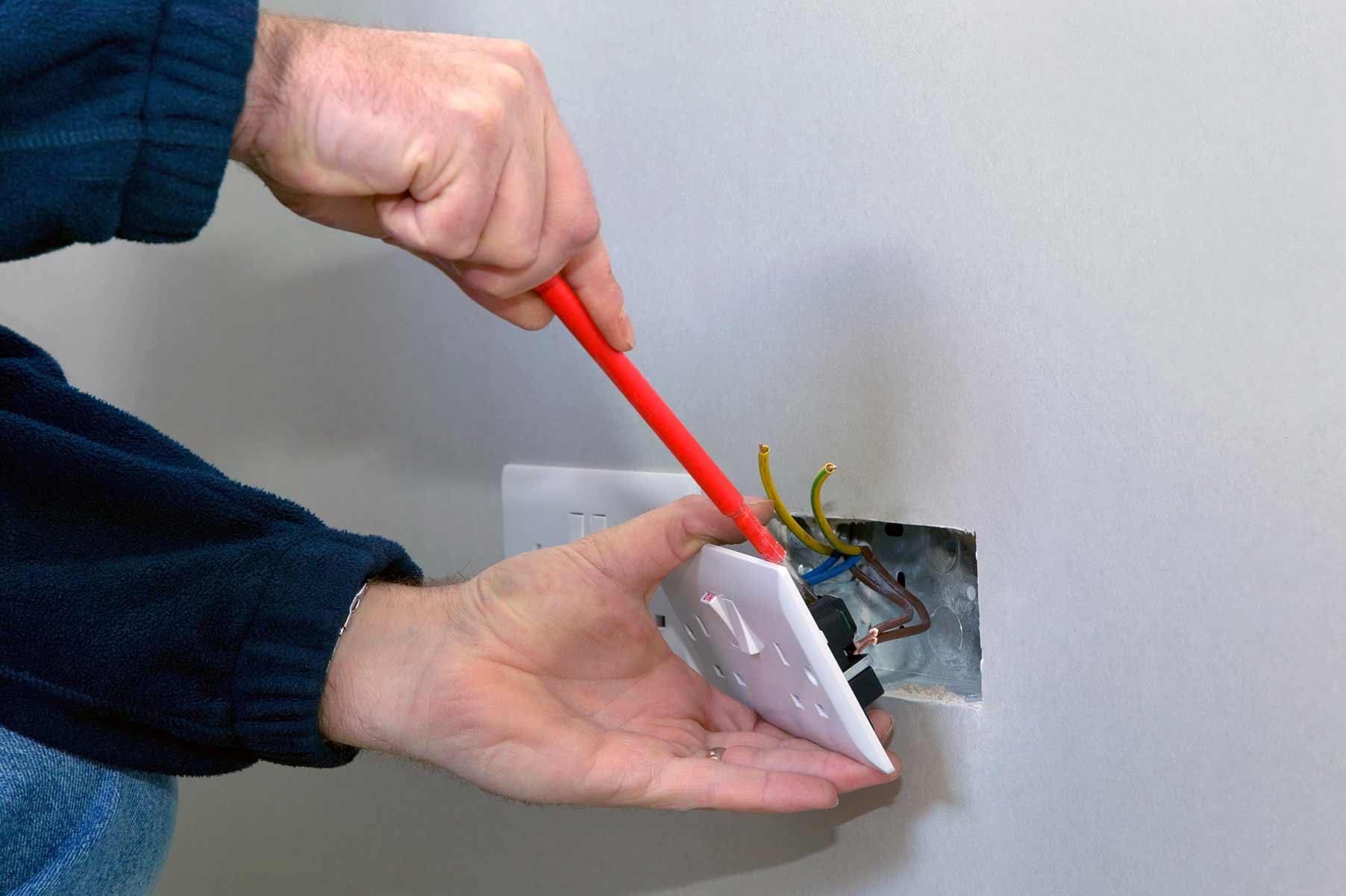 Our electricians can install plug sockets for domestic and commercial proeprties in Benfleet and the local area.